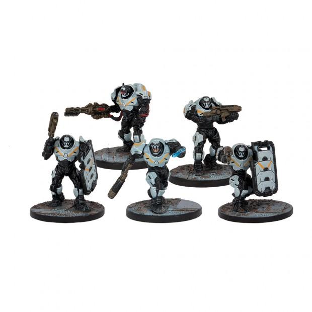 Enforcer in Pacekeeper-Rüstung sind eine eher seltene Elite-Truppe. Sie haben den Ruf so stark wie eine ganze Armee zu sein...